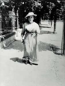 Rosa Luxemburgo Ha Todo Um Velho Mundo Ainda Por Destruir E Todo Um Novo Mundo A Construir Renato Roseno